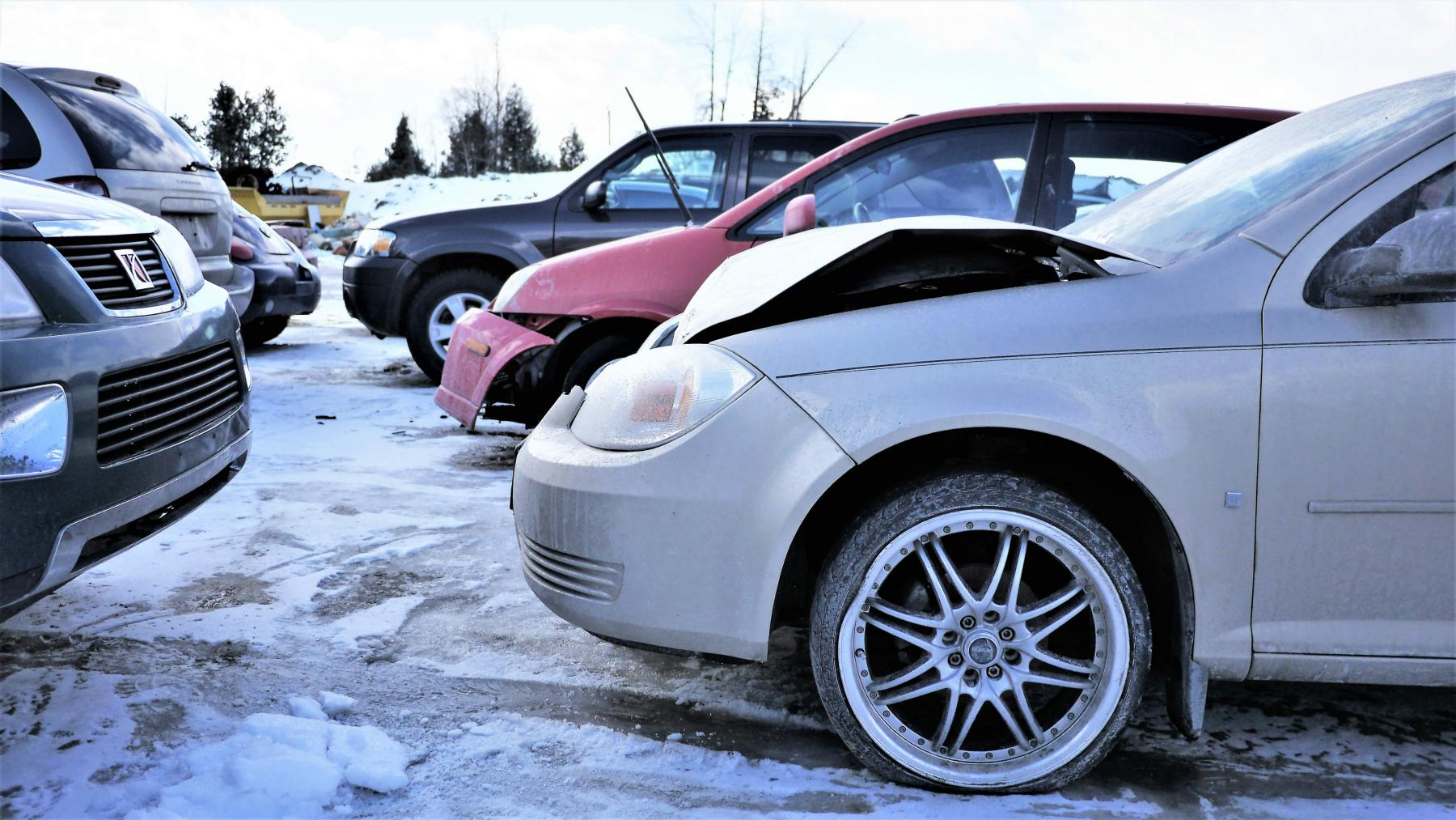 Scrap car removal and Junk vehicle recycling in Ottawa | Cash for Trash